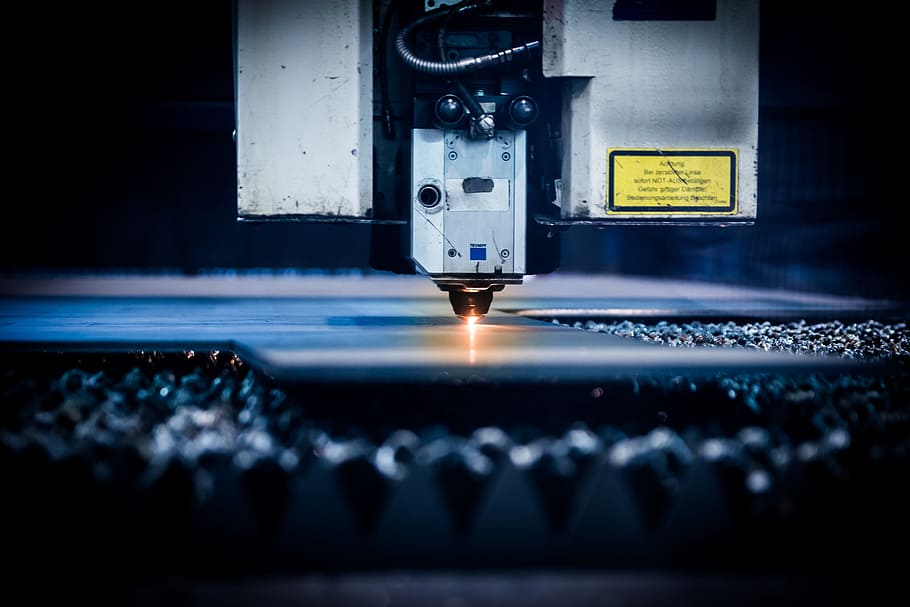 difference between cnc milling and cnc  turning